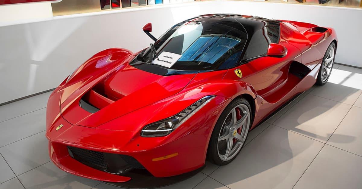 Η Ferrari Υβριδική μέσα στο 2019