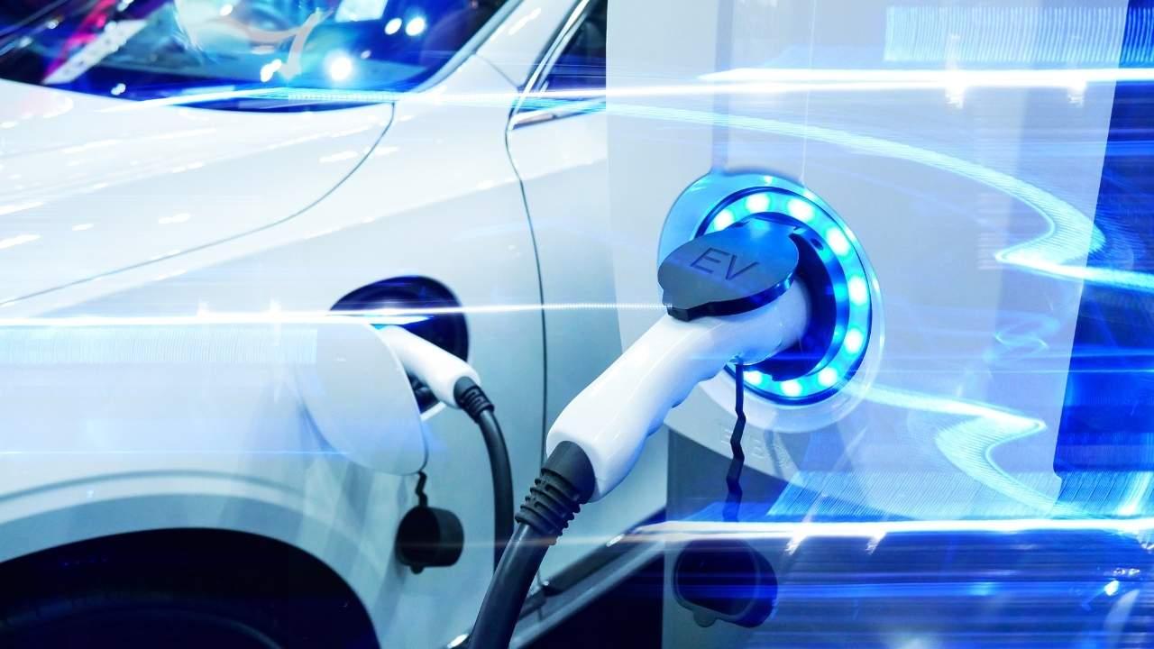 Τέλος Στα Αθόρυβα Ηλεκτρικά Αυτοκίνητα